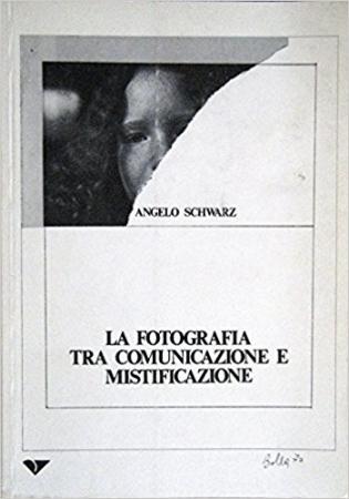 La fotografia tra comunicazione e mistificazione