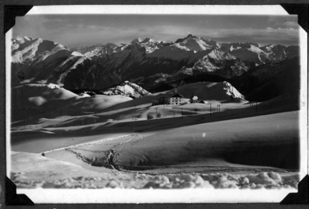 [Riprese varie tra cui Alpi Marittime, Ortles Cevedale, Dolomiti di Brenta, Gran Paradiso]