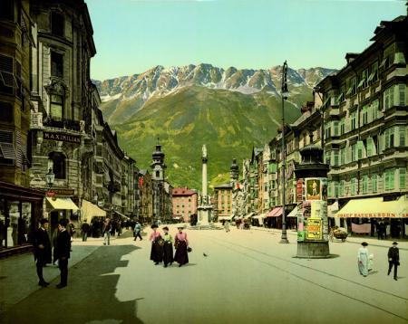 3160 Innsbruck. Maria Theresiastrasse