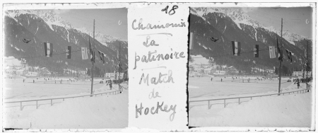 18 Chamonix. La patinoire. Match de hockey