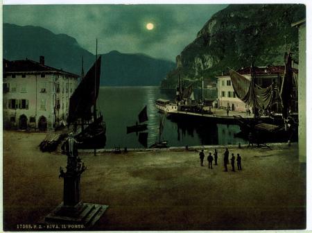 17368 Riva. Il porto.