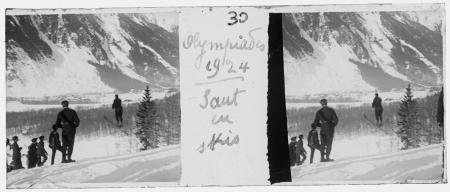 30 Olympiades 1924. Saut en skis