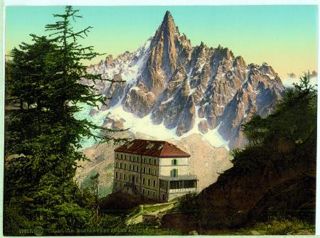 17817 Chamonix. Montanvert et les Aiguilles du Dru.