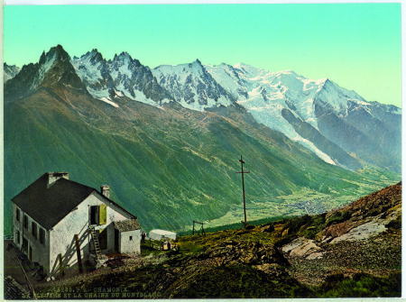8235 Chamonix. La Flegere et la Chaine du Montblanc.