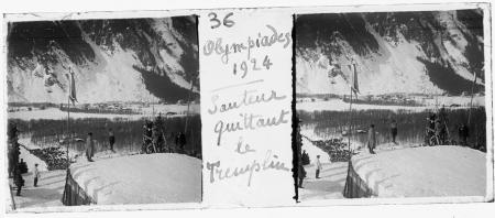 36 Olympiades 1924. Sauteur quittant le tremplin
