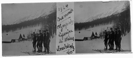 40 1924 Chamonix. Olympiades, équipe de skieurs Américains
