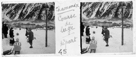 45 Chamonix 1924. Couse de luge: départ