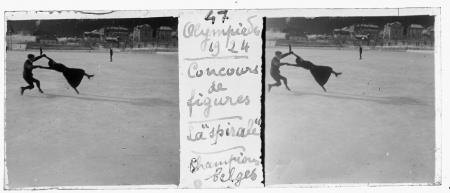 """47 Olympiades 1924. Concours de figures. La """"spiarale"""". Champions belges"""