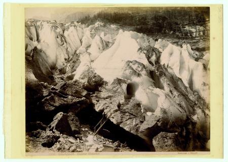 [13986 Grindelwald. Unterer Gletcher, Bettws-y-Coed, Pont y Pair.]
