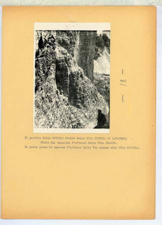 Il profilo dello Spigolo Giallo della Cima Piccola di Lavaredo. Visto dal Canalone d'attacco della Cima Grande