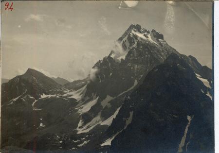 Viso, Vallanta, Punta Gastaldi col ghiacciaio superiore [sic] dalla cresta est della Venezia a m 3020