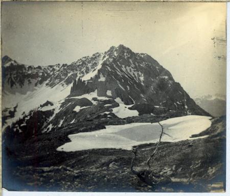 [Panorama con Punta Charrà, Guglia del Mezzodì e Rocca Sueur]