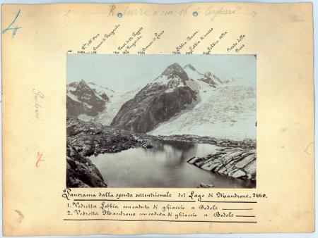 Panorama dalla sponda settentrionale del Lago di Mandrone, 2440