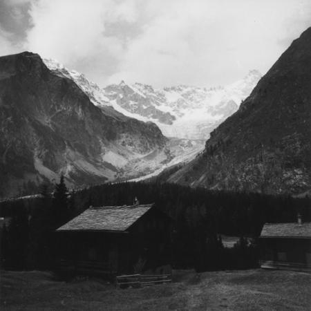 [Alpi, Gruppo del Monte Bianco, Aiguille de l'Amône, Val Ferret, Svizzera]