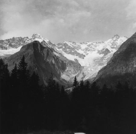 [Alpi, Gruppo del Monte Bianco, Mont Dolent, Aiguille de l'Amône, Val Ferret, Svizzera]