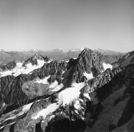 [Alpi, Gruppo del Monte Bianco, Aiguille du Chardonnet]