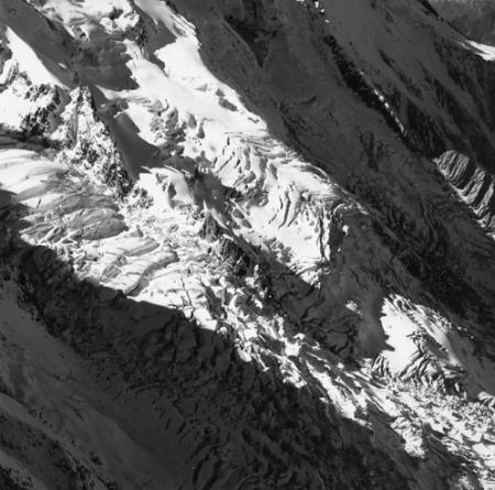 [Alpi, Gruppo del Monte Bianco, Ghiacciaio des Bossons e Grandes Mulets]