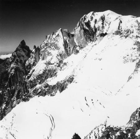 [Alpi, Monte Bianco, Aiguille Noire  e Blanche de Peutéreys]