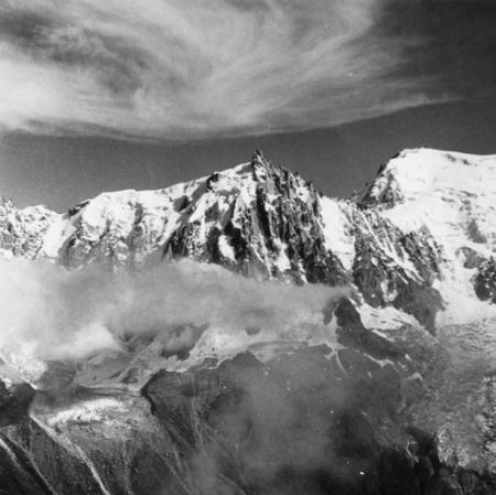 [Alpi, Aiguille du Midi e Mont Blanc du Tacul]
