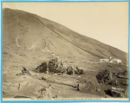 5232 Contorni di Napoli - Versante della ferrovia funicolare ed Atrio del Cavallo sul Vesuvio