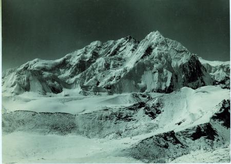 Kangchenjunga, veduta da 5500 m, a monte della valle Lungma, lato nord