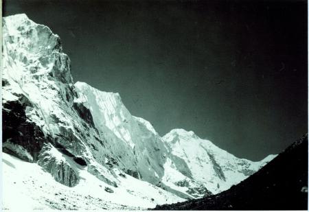 Seguito della catena a nord est del Chorten Nyima La
