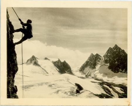 A-53139 Swiss Mountain climbing