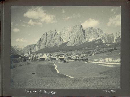 [Riprese varie del Trentino Alto Adige e delle Dolomiti]