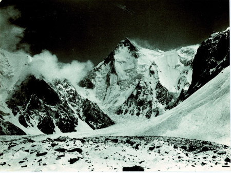 [Gasherbrum I] Hidden Peak dal campo ai piedi del Golden Throne