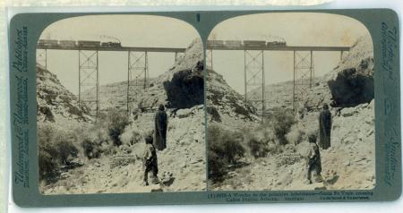 (1) 6072 - A Wonder to the primitive inhabitants - Santa Fe Train crossing Cañon Diable, Arizona