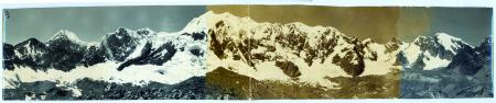 [Veduta panoramica del gruppo montuoso Hindu Kush]