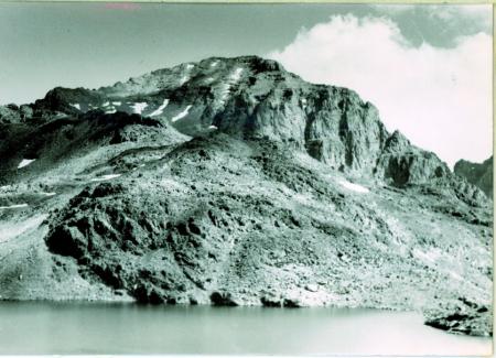 [Veduta della cima del Kackar Dag (3932 m) dalle sponde sud del Deniz Gol]