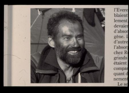 [Ritratto di Oswald Oelz e lo stesso munito di respiratore lascia il campo del colle sud (Everest)]