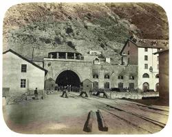 La Photographie au percement des Alpes. Album historique par A. L. Vialardi, membre du Club Alpin Italien