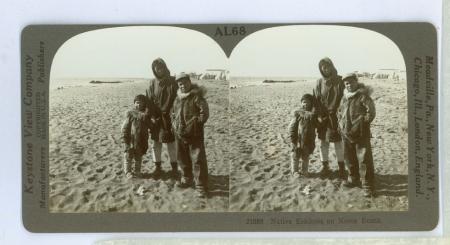 AL68 (21086) - Native Eskimos on Nome Beach