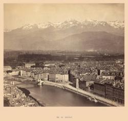 Vue de Grenoble [prise depuis la montée du Rabot]