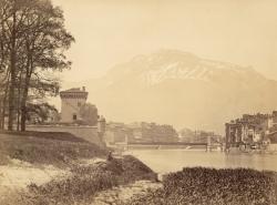 [Grenoble. La citadelle, le pont sospendu et le quartier Saint-Laurent]