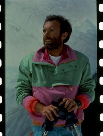 [Ritratti di Claudio Abrate e la sua ultima foto al Monte Elbrus]