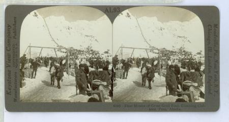 AL93 (9195) - First Miners of Great Gold Rush Climbing Chilkoot Pass, Alaska