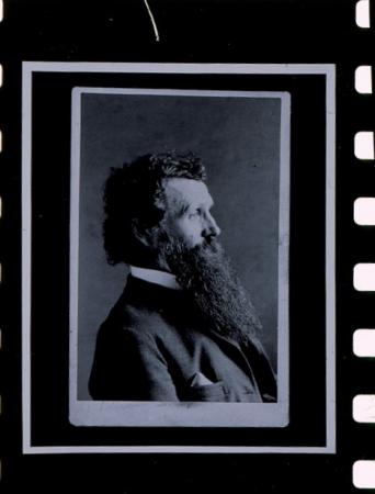 [Ritratto di John Muir e riproduzioni da libro]