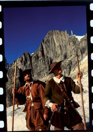 """[Fotografie di scena da """"Ritratto con montagne"""" e """"Quei giorni sul Bianco""""]"""