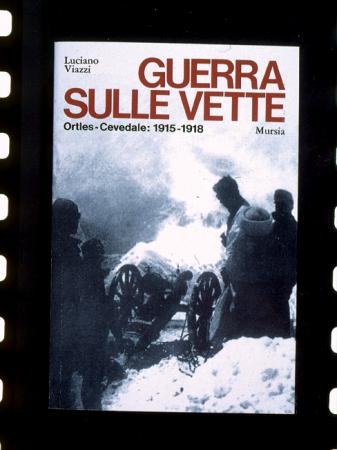 """[Riproduzioni di copertine di libri, guide e numeri della serie """"Le Alpi di Messner""""]"""