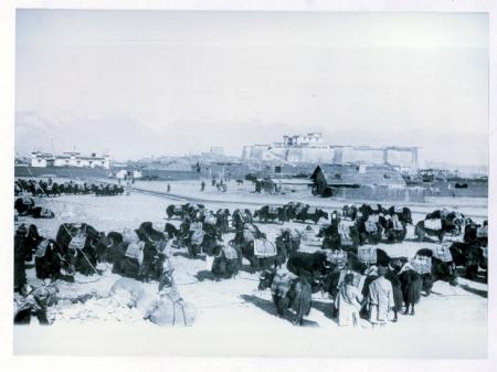 [John B. L. Noel, Preparativi per la partenza della spedizione di Mallory all'Everest, Tibet 1922]