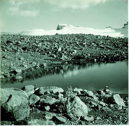 Pico Pulpito, Lago de la Sierra. Vista verso sud est