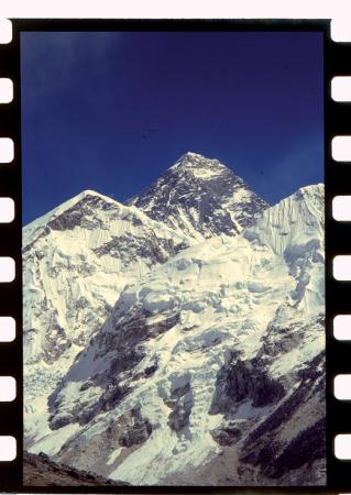 [Riprese varie: K2, ritratto di Kurt Diemberger, spedizione al K2 di Durrance, Cranmer, Sheldon]