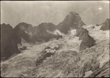 [Grandes Jorasses e Aiguille de Leschaux, 1923 circa]