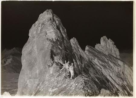 [Rocca di Miglia e Rocche dei Serous in Valle Stretta]