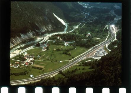 [Riprese varie della Foresta di Tarvisio e dell'autostrada A23 Udine-Tarvisio]