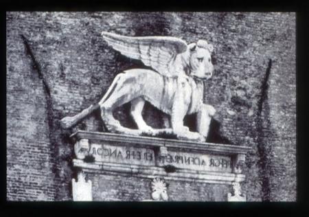[Fotografie storiche con particolari della Torre Civica di Castelfranco Veneto]