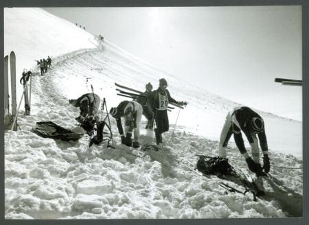 """[Presentazione del quaderno """"Trofeo Mezzalama mito e realtà 1933-1995""""]"""